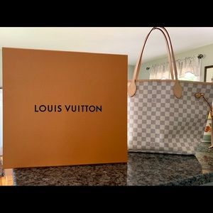Brand New never used  Neverfull Louis Vuitton MM
